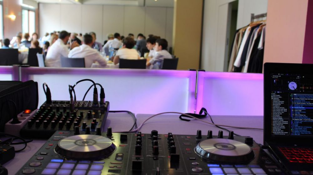 Festivat Cabina DJ